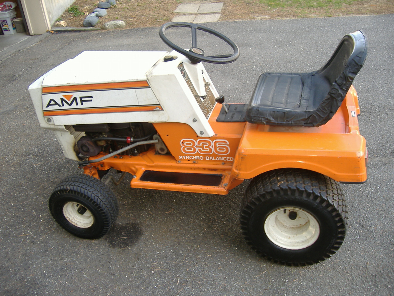 AMF Lawn tractor serviced and repaired from side